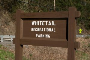 pcrt-WhitetailParkingSign